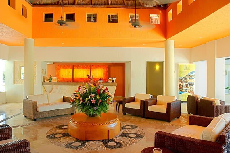 Laguna-Suites-Lobby2